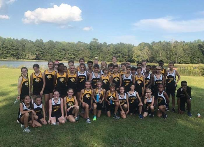 cross_country_team_2017.jpg
